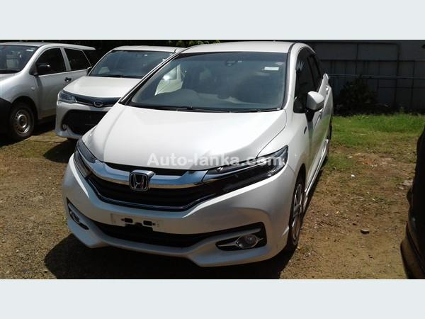 Honda HONDA  FIT    SHUTTLE 2016 Cars For Sale in SriLanka