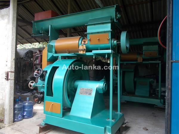 Other ANIMAL FEED PELLATINE  MACHINE 2018 Machineries For Sale in SriLanka