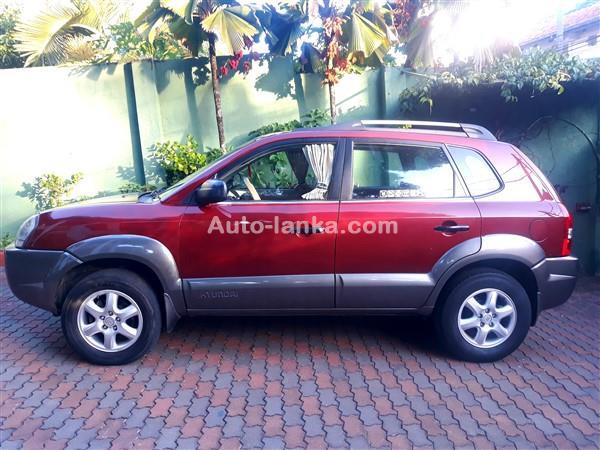 Hyundai Tucson 2005 Cars For Sale in SriLanka