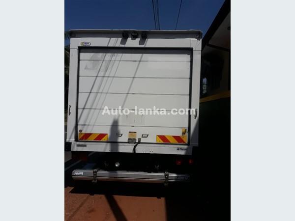Isuzu 2012  Isuzu elf Freezer forward manual 2012 Trucks For Sale in SriLanka