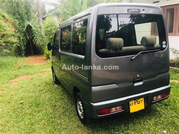 Mitsubishi Minicab 2013 Vans For Sale in SriLanka