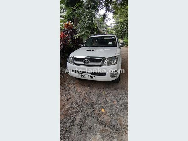 Toyota HILUX VIGO 3.0 C 2010 Pickups For Sale in SriLanka
