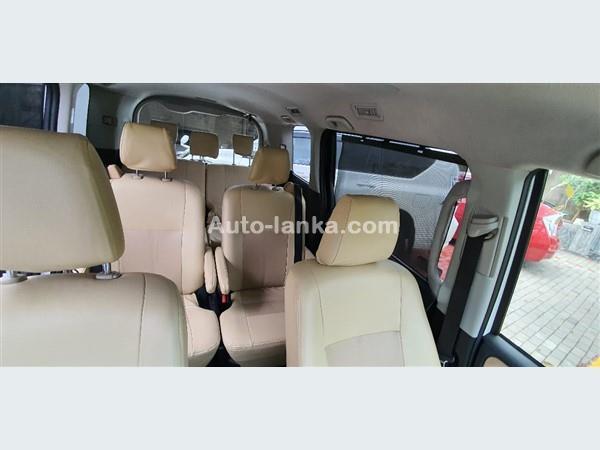 Toyota Noah Hybrid 2014 Vans For Sale in SriLanka