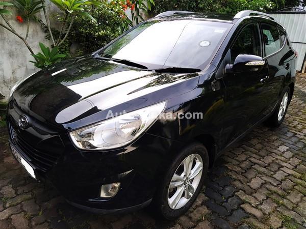 Hyundai tucson 2012 Jeeps For Sale in SriLanka