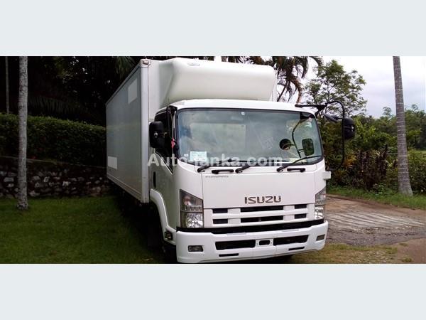 Isuzu 2012  elf Forward Freezer truck manual 2012 Trucks For Sale in SriLanka