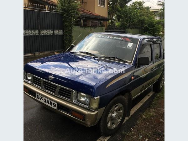 Nissan pckup 1995 Pickups For Sale in SriLanka