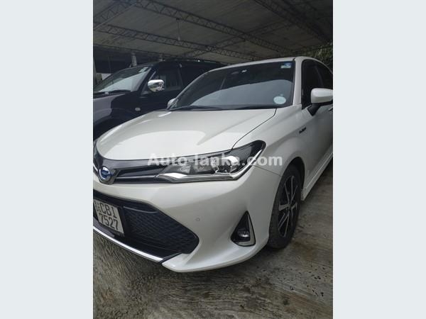 Toyota Axio 2018 Cars For Sale in SriLanka