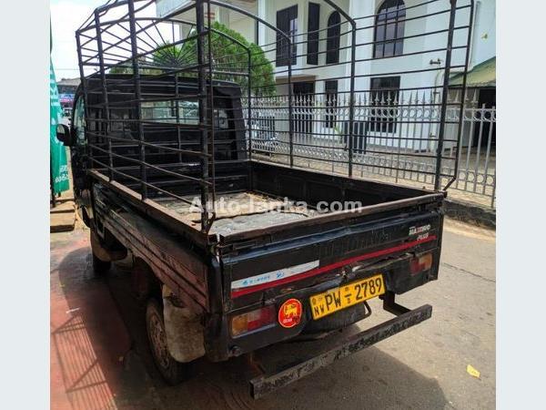 Mahindra Maximo 2013 Cars For Sale in SriLanka