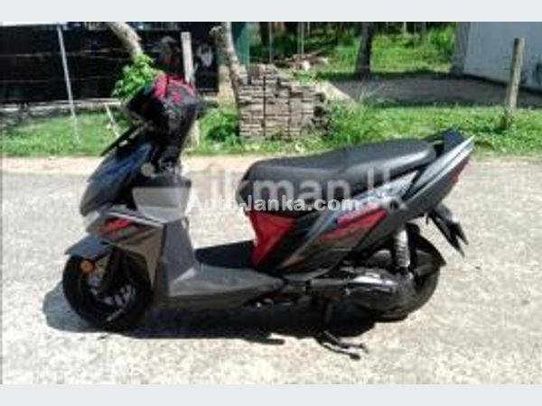 Yamaha Ray ZR 2019 Cars For Sale in SriLanka