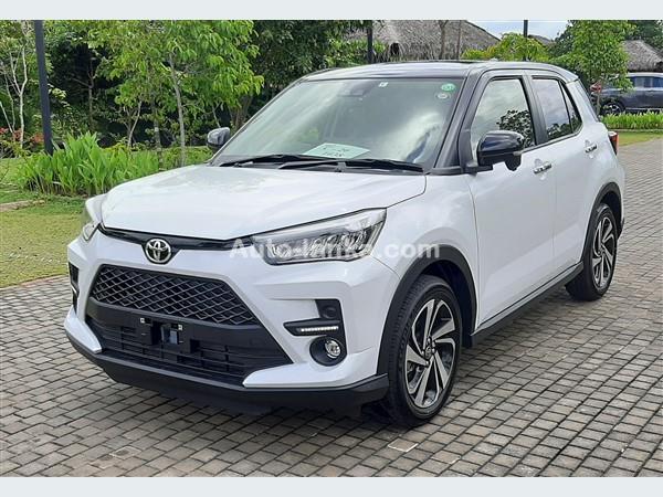 Toyota RAIZE  Z GRADE 2 TONE BSM FULLOPTION- PEARLWHITE 2020 Jeeps For Sale in SriLanka
