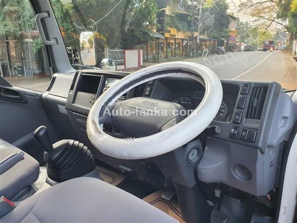 Isuzu ELF FREEZER TRUCK 15 FT (6 BOLTS) - 2015 2015 Trucks For Sale in SriLanka