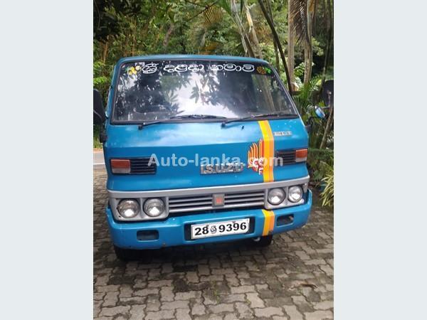 Isuzu Elf Single Wheel 1982 Trucks For Sale in SriLanka