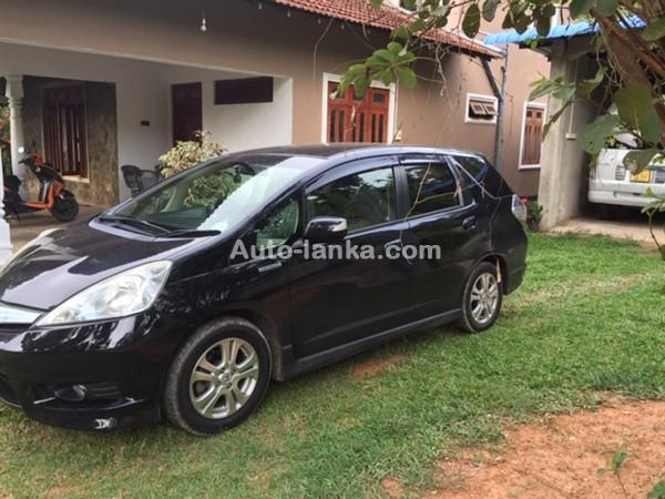 Honda GP2 Navi  Shuttle 2016 Cars For Sale in SriLanka
