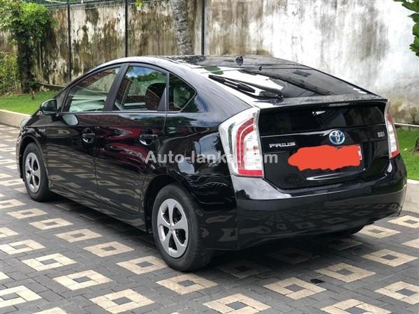 Toyota Prius 2013 Cars For Sale in SriLanka