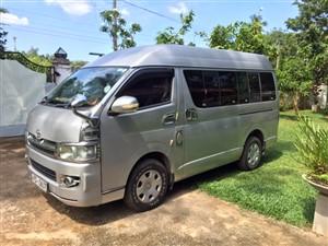 Toyota KDH 200 Medium ( Highroof) for Rent